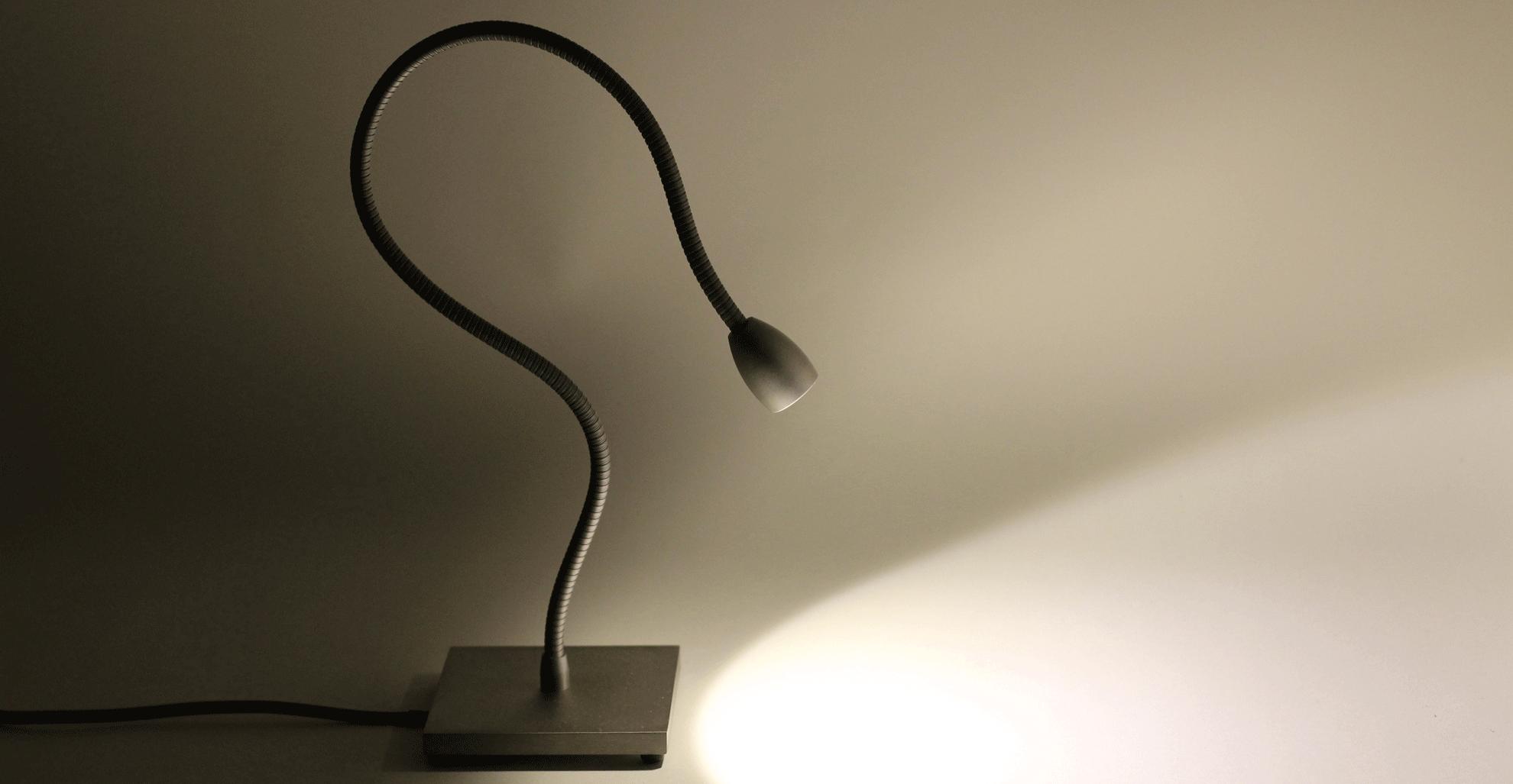 led leeslamp met flexibel en voet