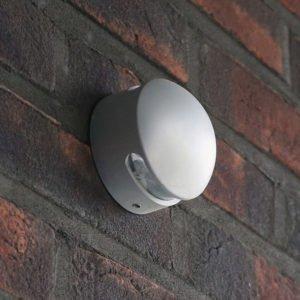LED oriëntatieverlichting opbouw voor buiten, de lichtuitstraling is aan twee zijden
