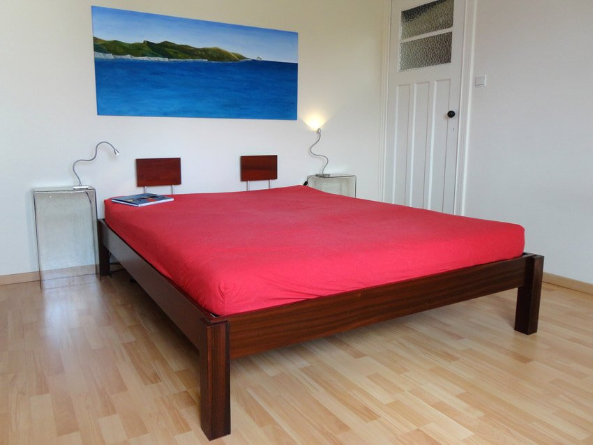 bed-massief-hout-m